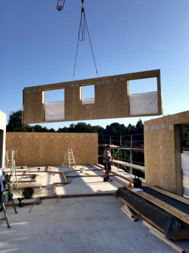 neubau eines mehrfamilienhauses zimmerei reinbek bergedorf hamburg zimmerei oskoui. Black Bedroom Furniture Sets. Home Design Ideas