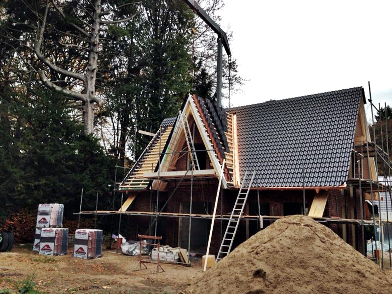 neubau eines einfamilienhauses zimmerei reinbek bergedorf hamburg zimmerei oskoui. Black Bedroom Furniture Sets. Home Design Ideas